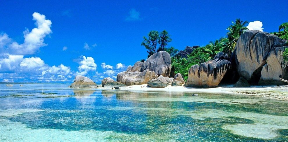 4 Nights/5 Days Seychelles Package kenyan tours and travel kenya